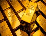 Gold prices zig zag to three-year highs