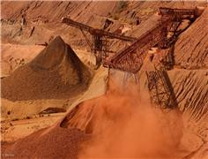 Soaring iron-ore prices boosting Aus revenues