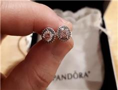 World's top jewellery maker Pandora to use only lab-made diamonds