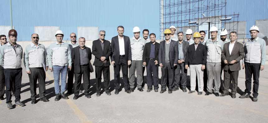 Mobarakeh Steel Co. CEO`s emphasis on the production of sheet metal and the completion of the steel industry of Sepiddasht