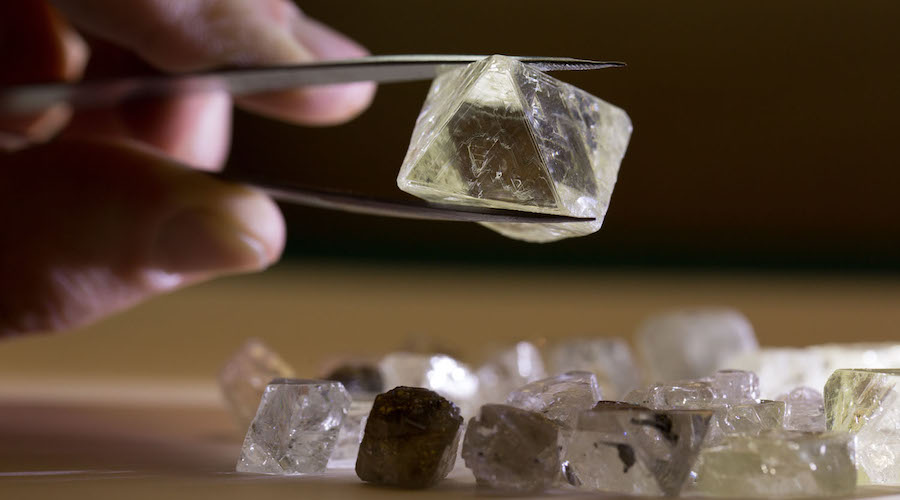 Mining News - ALROSA increases rough and polished diamond