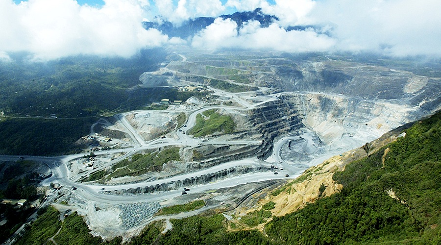 Top Canadian Mining Stocks For Navigating COVID-19