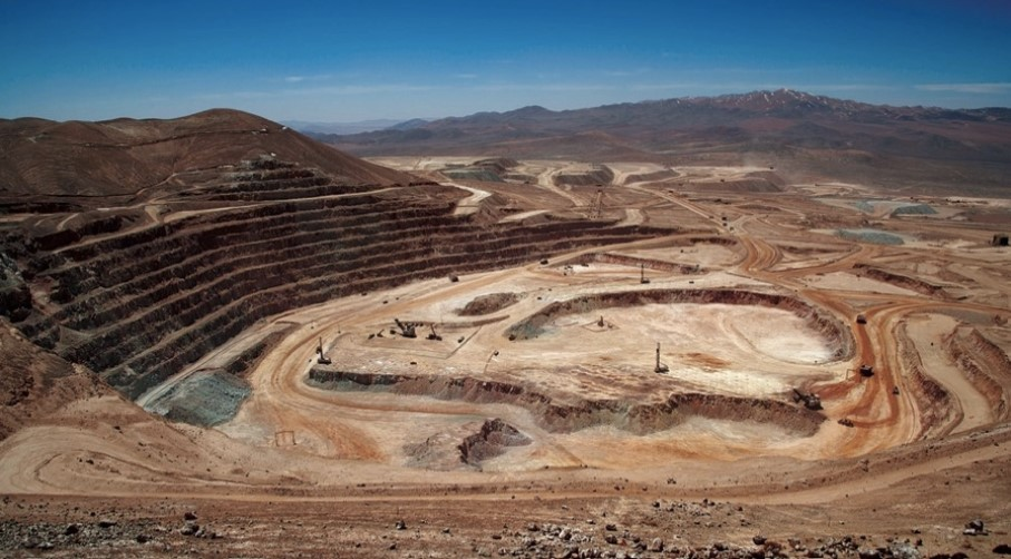 Chile mining activity, copper production fall amid protests