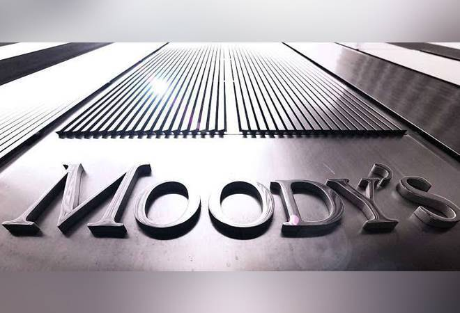 Moody's slashes growth forecasts